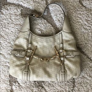 Rare Ivory Gucci leather bag with gold hardware